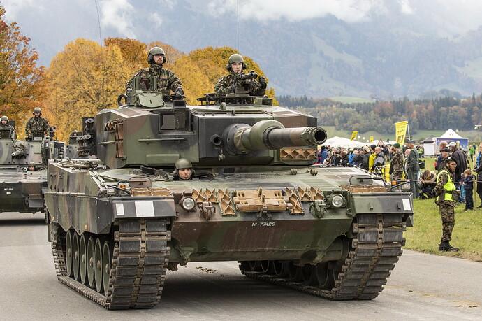 Tanks_Leopard_2_German_521829_4643x3095
