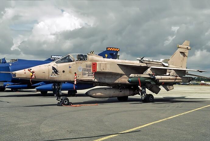 Sepecat_Jaguar_GR.3A,_Royal_Air_Force_JP6884771