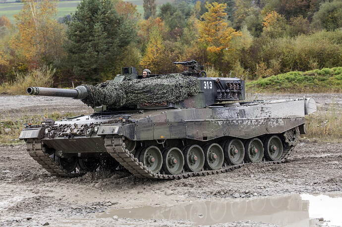 Tanks_Leopard_2_German_521831_5159x3439