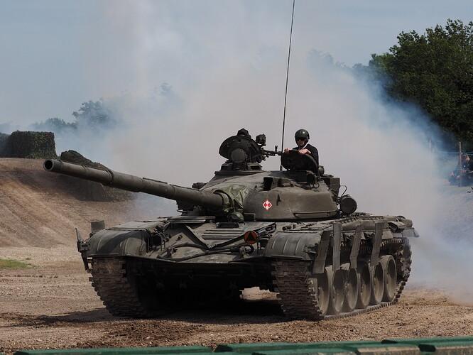 Tanks_T-72_Tankfest_2015_436534